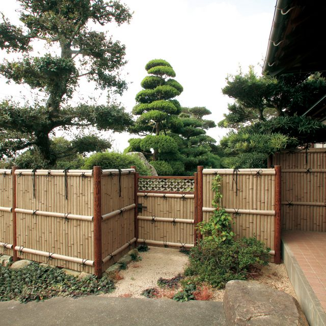 エバー17型 古竹さらし竹を使用し落ち着きのある和風空間に