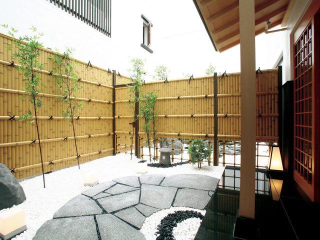 静寂な和の庭を演出するエバーバンブー