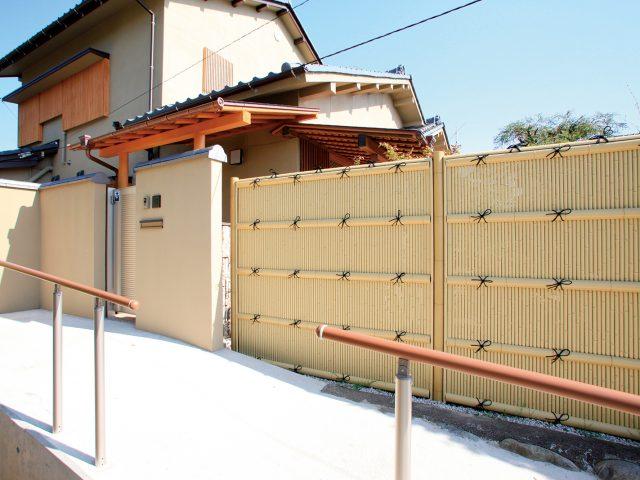 美しい丸竹を使用した清水垣ユニット
