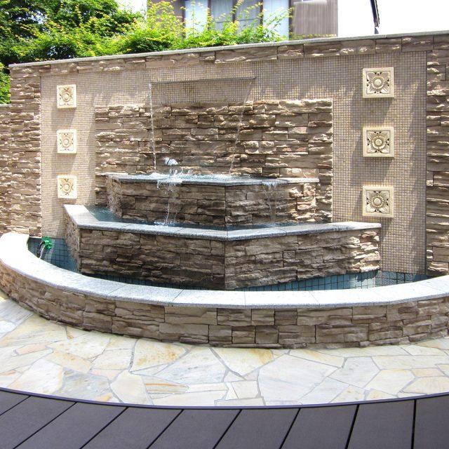 ナイアガラ90を使用した泉