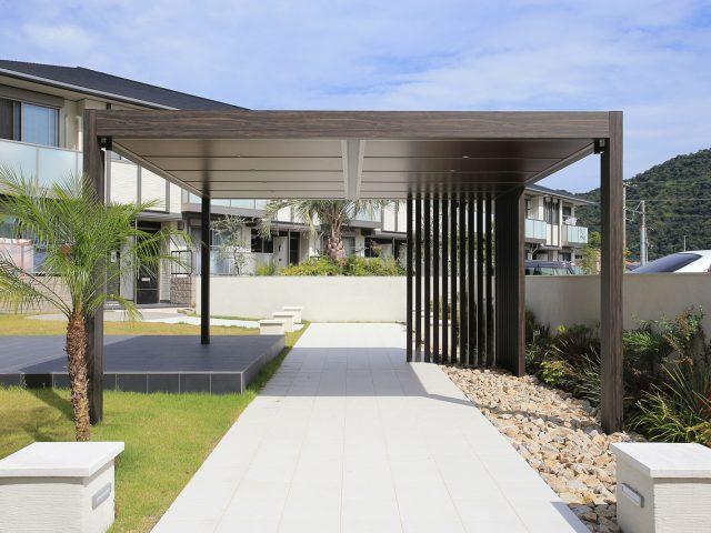 集合住宅にホームヤードルーフ屋根ダブル仕様を使用した現場