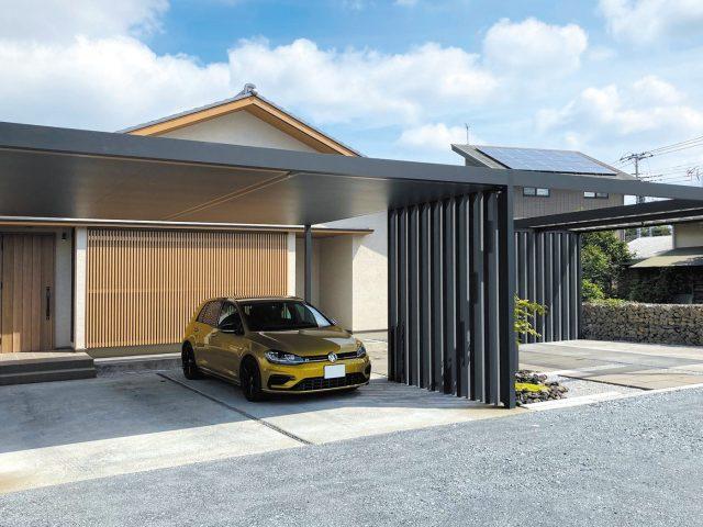 こだわりのモダン和風の住宅に。マットブラックカラーのカーヤードスタイルが調和します