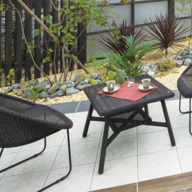 庭座 サークルチェア-/カフェテーブル 600