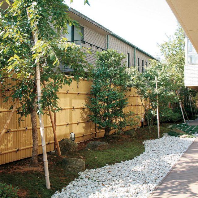 e-バンブーユニットで和風の庭を楽しみます
