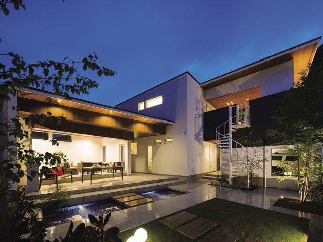 自然と家の中と外をつなぐ「日本の住宅の理想型」