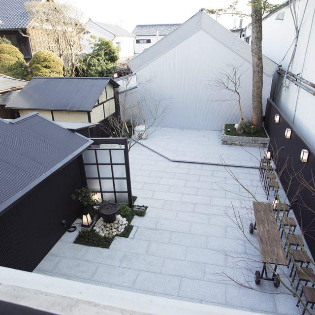 江戸時代に造られた蔵をリノベーション。温かみのある空間に