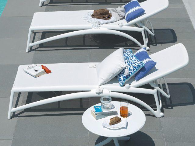 アトランティコリクライニングチェアー/スプリッツサイドテーブル